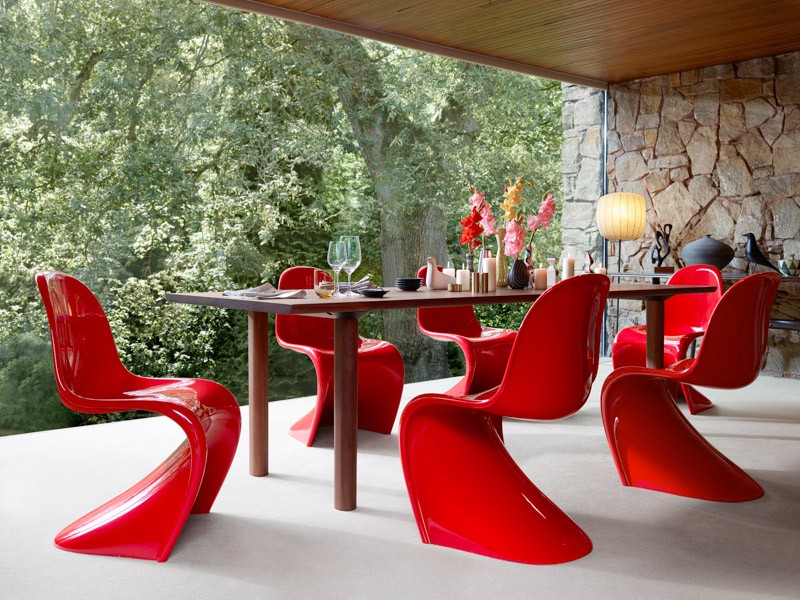 panton_chair_classic_wood_table_679981_master_1_1