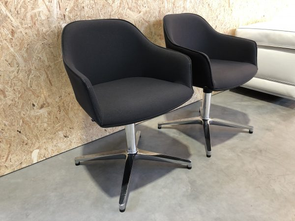 SOFTSHELL CHAIR VITRA